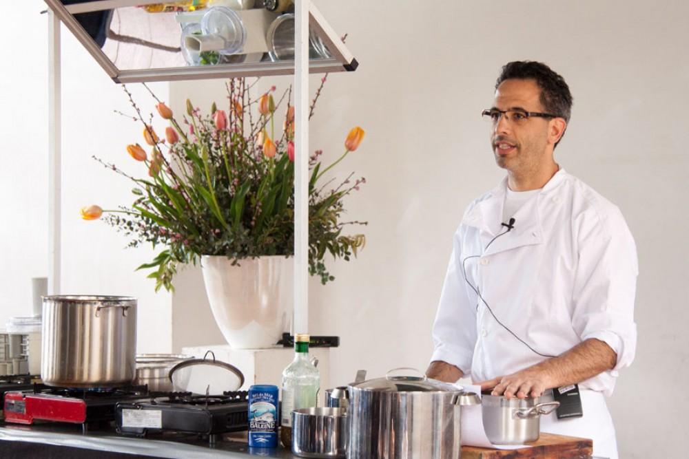 Kochstars zum Anfassen: Yotam Ottolenghi und Claudia Roden
