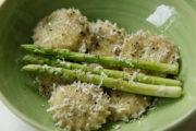 Pasta! Pasta! Ravioli mit grünen Spargel-Spitzen