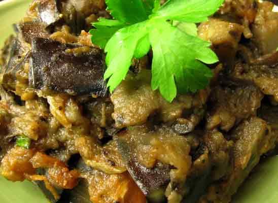 Würzkartoffel-Bällchen mit Minze-Honig Dip