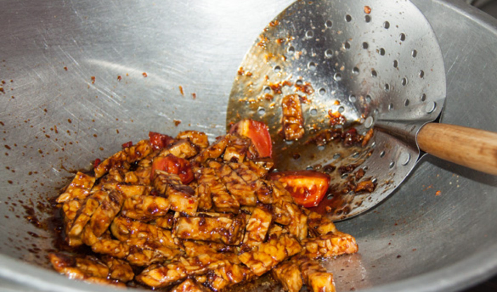 Bali V: Die Rezepte - Knuspriger Tempeh aus dem Wok