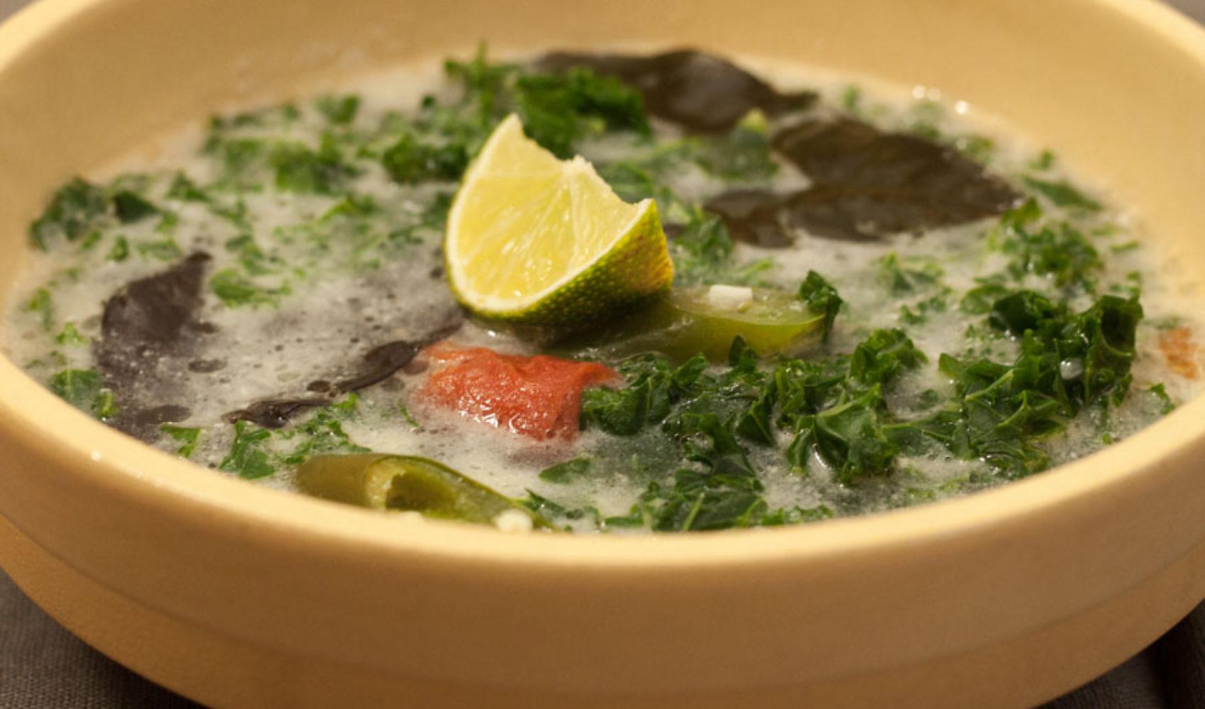Grünkohl Kokosmilch Suppe - Das geht sehr wohl zusammen