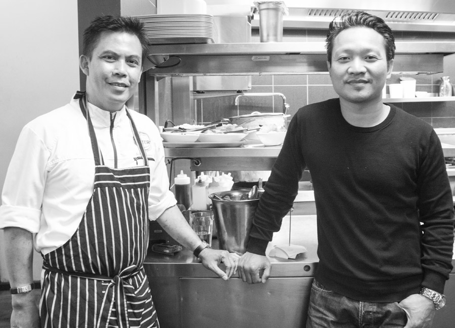 Chefkoch Agus Hermawan (links) und Restaurant Manager Jerry Stevano
