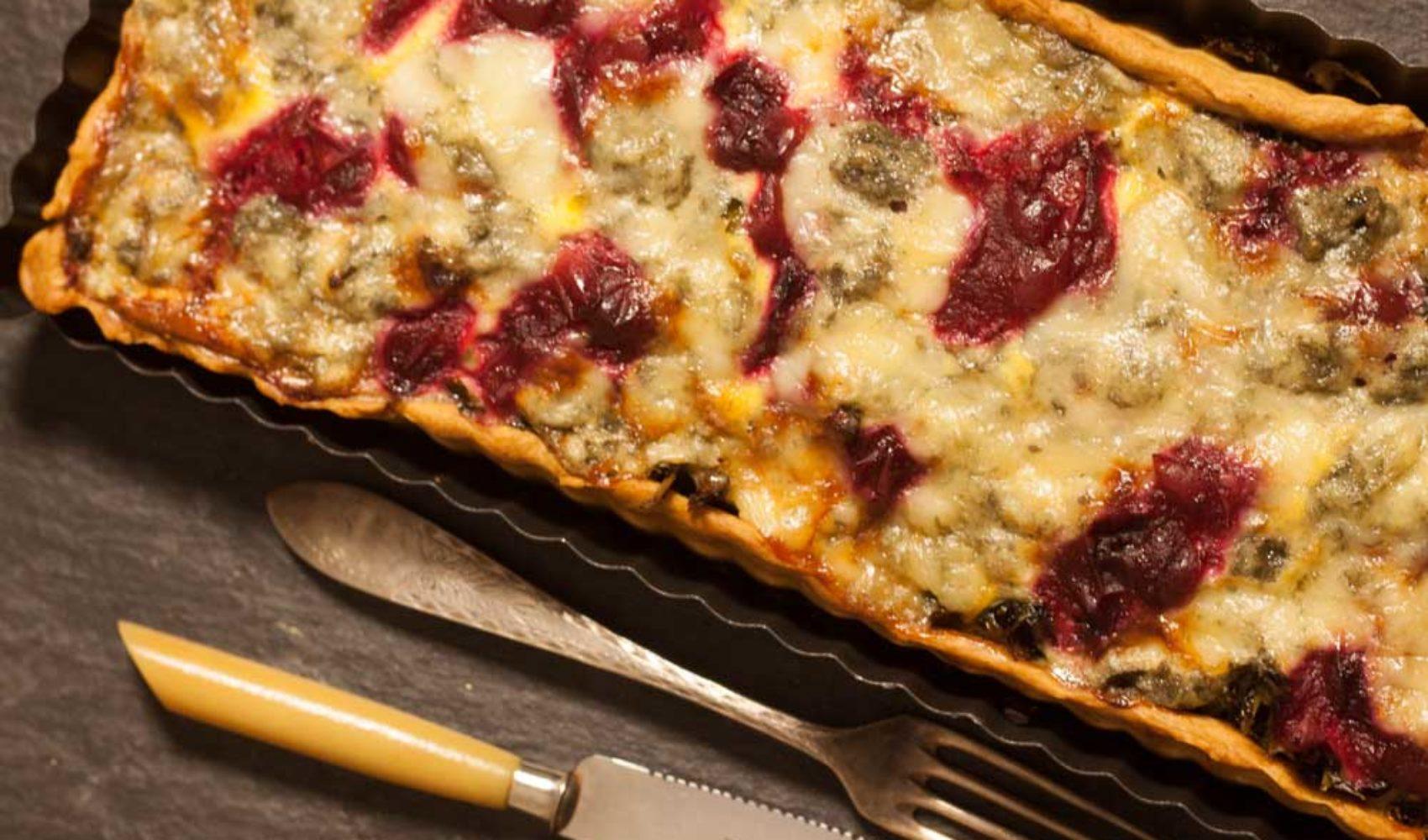 Quiche mit Grünkohl und Cranberry Sauce