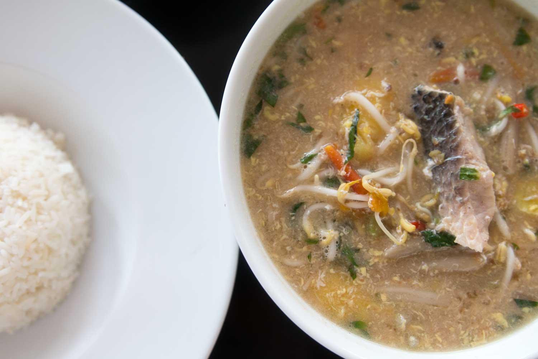 Sauere Fischsuppe